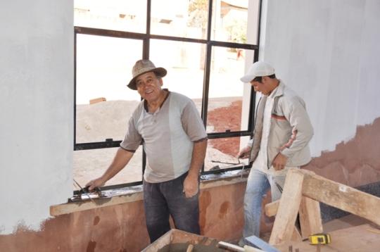 Clemente (pedreiro) e Jair (servente)